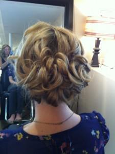 short hair wedding style